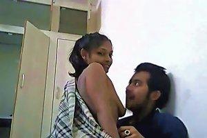Mumbai College Girl Raiding Her Mate Fucking Free Porn E2